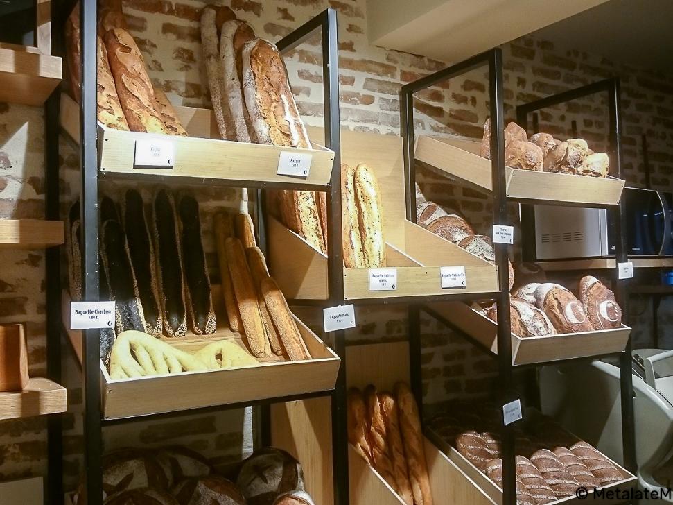 Présentoir à pain sur mesure.